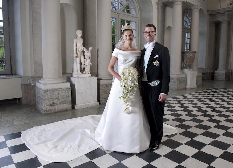 Crown Princess Victoria of Sweden and Prince Daniel, Duke of Vastergotland pose after their wedding in Storkyrkan Church on June 19, 2010 in Stockholm, Sweden.