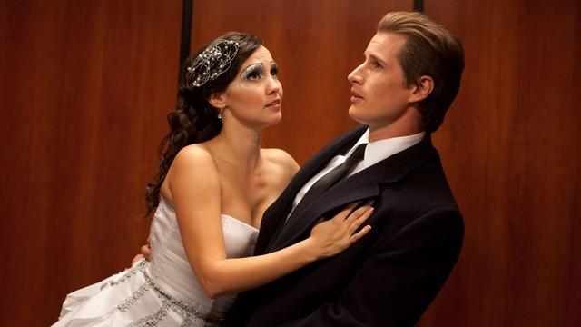 Laura Breckenridge as Wendy and Brendan Fuhr as Adam in A Christmas Kiss