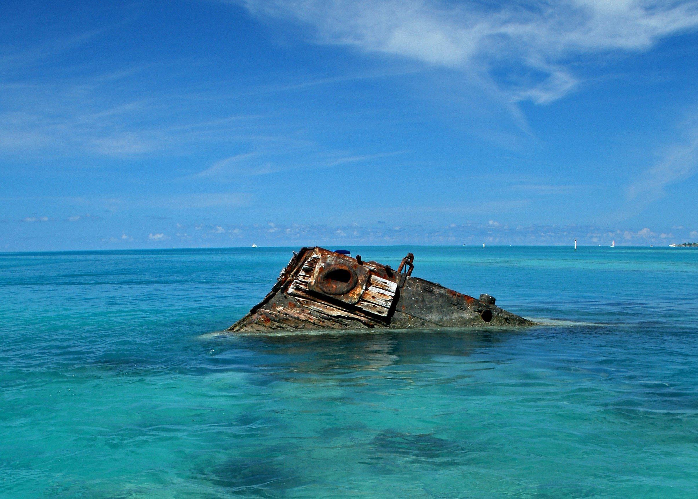 Bermuda Triangle Ship Wreck