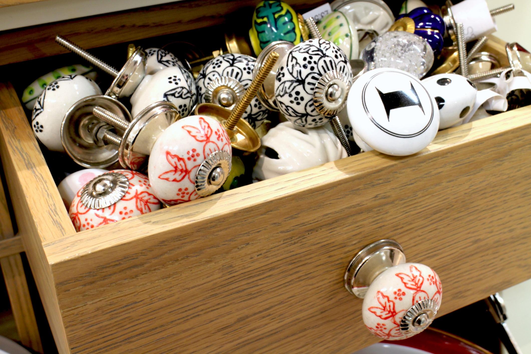Ceramic cabinet knobs
