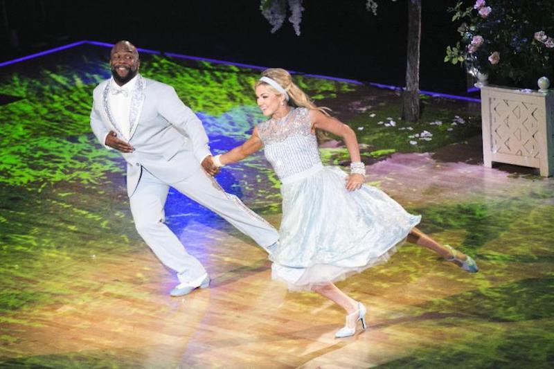 Wanya Morris dancing on Dancing With the Stars