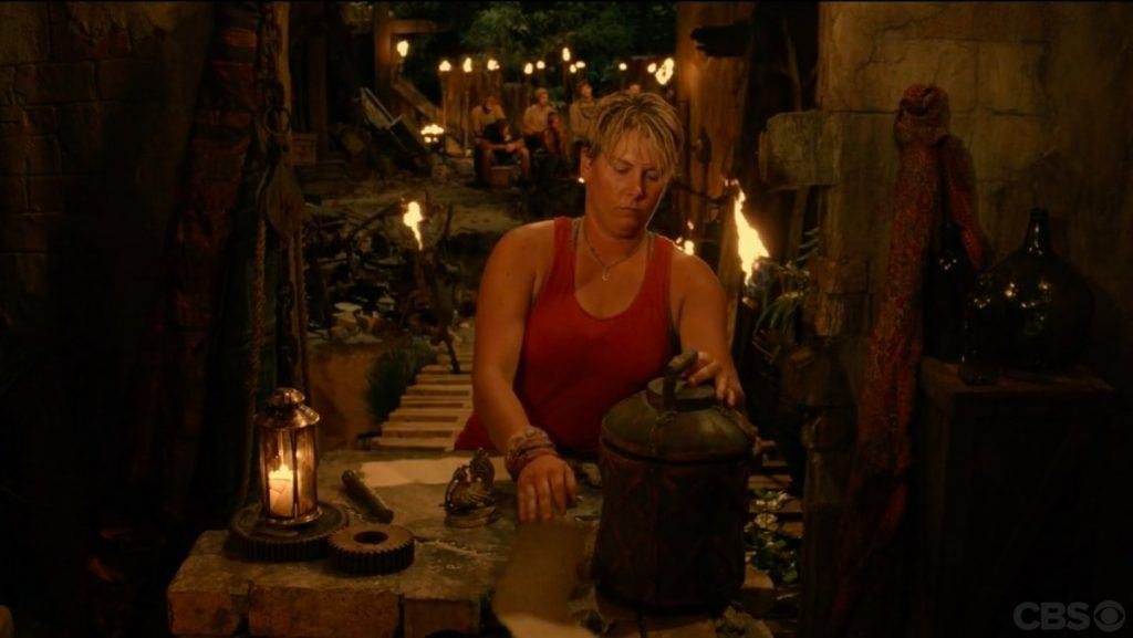 Lauren pretends to vote again on Survivor