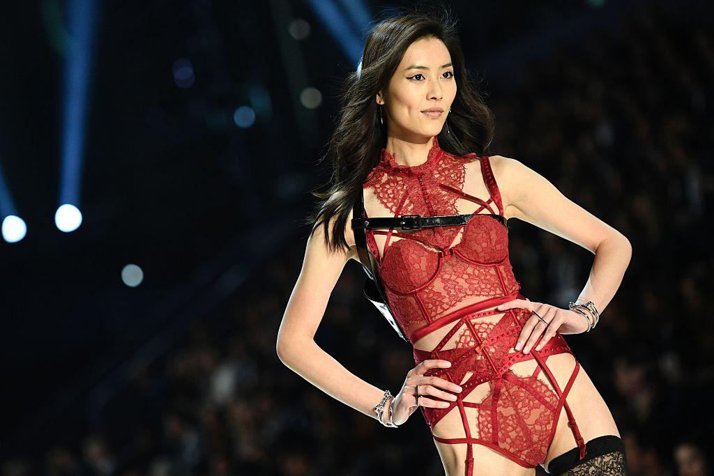 Liu Wen Victoria's Secret Fashion Show