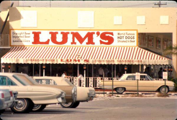 Lum's hotdogs