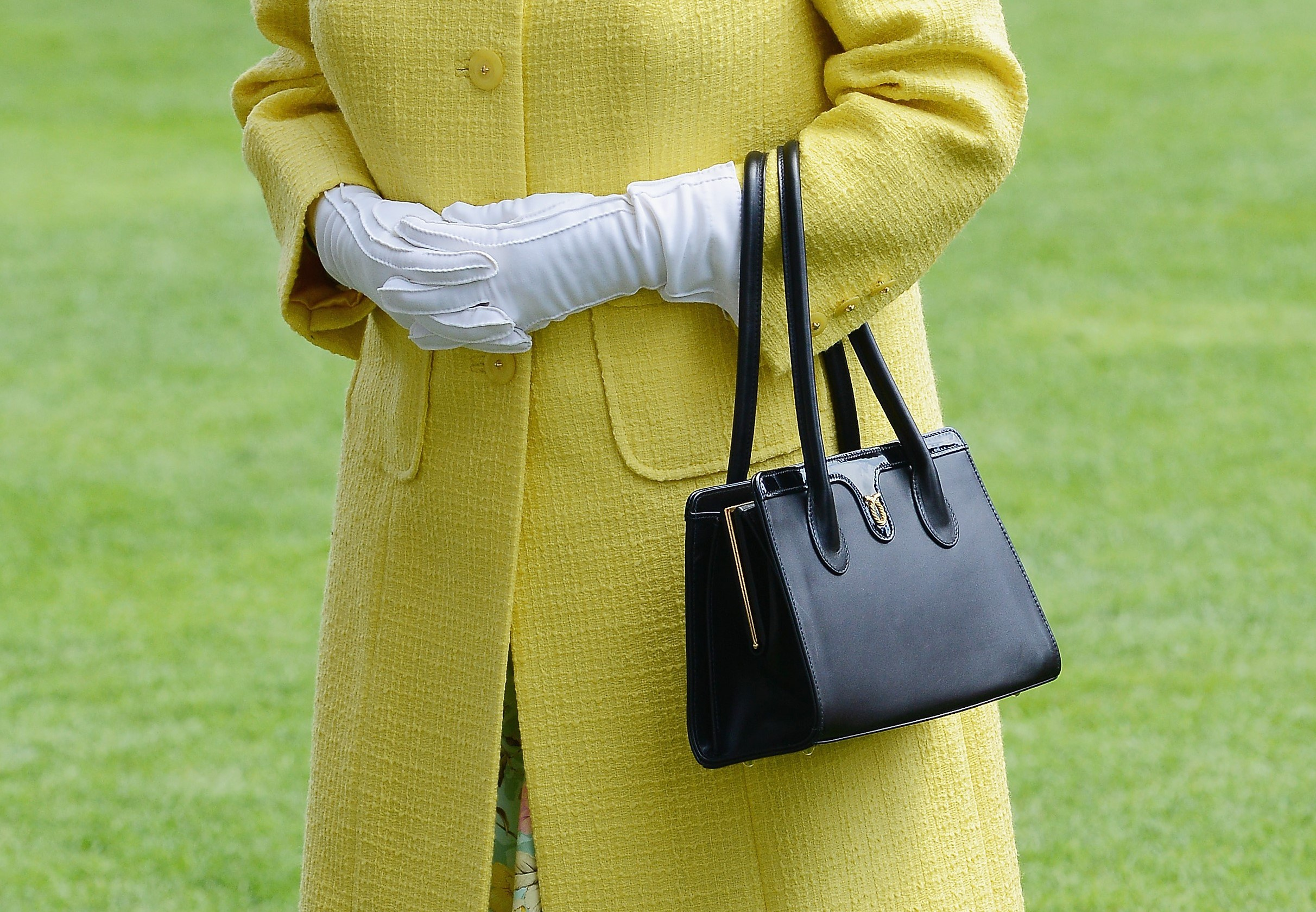 Queen Elizabeth purse
