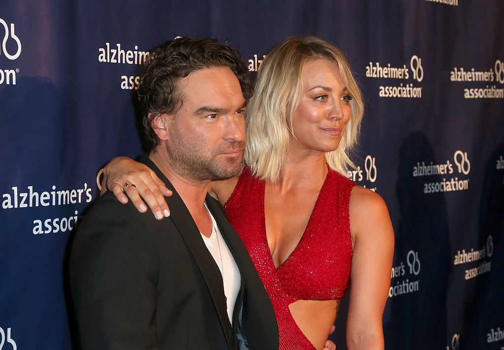 """Actors Johnny Galecki (L) and Kaley Cuoco attend the 24th and final """"A Night at Sardi's"""""""