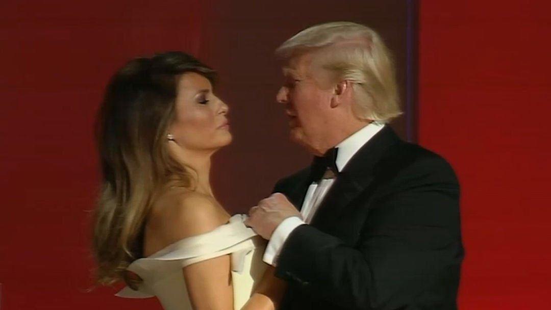 Melania Trump pulls away from Donald Trump on the dance floor