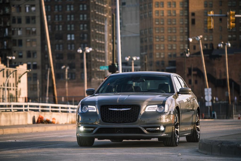 2018 Chrysler 300S