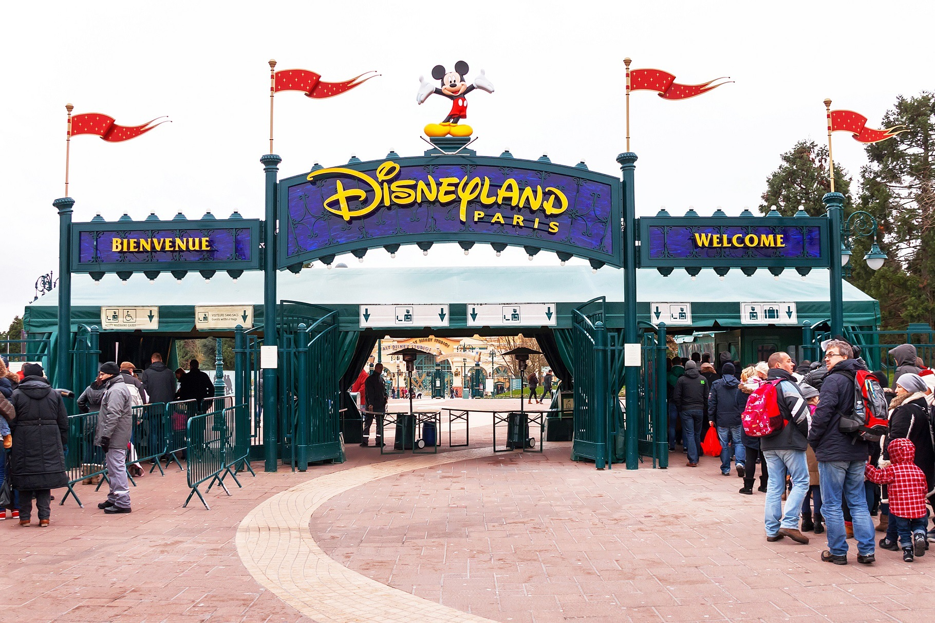 Disneyland entrance security