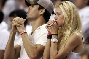 How Enrique Iglesias and Anna Kournikova Were Able to Keep Their Pregnancy a Secret From Everyone