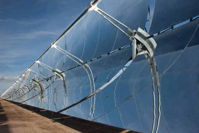 Parabolic mirrors in a Solar energy plant in California