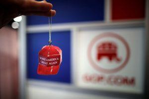 The Internet Is Having a Lot of Fun Reviewing a Trump Christmas Ornament
