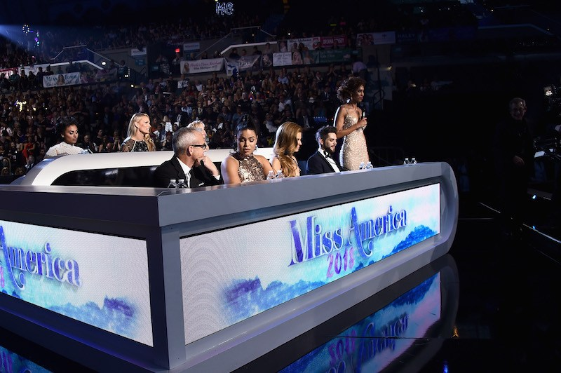 Judge, Miss America 2014 Nina Davuluri , Judge, Actress and Model Molly Sims, Judge, People Editor-in-Chief Jess Cagle