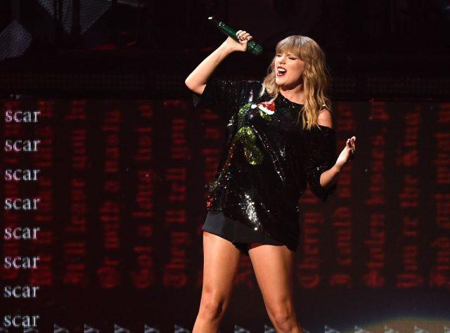 Taylor Swift performs at the Z100's iHeartRadio Jingle Ball 2017 at Madison Square Garden on December 7, 2017 in New York.
