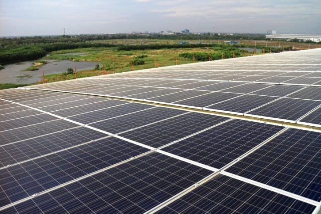 Large Scale Solar PV Rooftop System on Curve Roof.