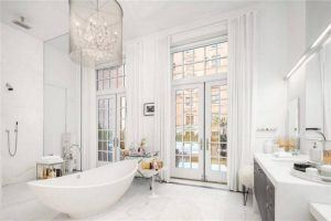 Inside the Most Beautiful Celebrity Bathrooms