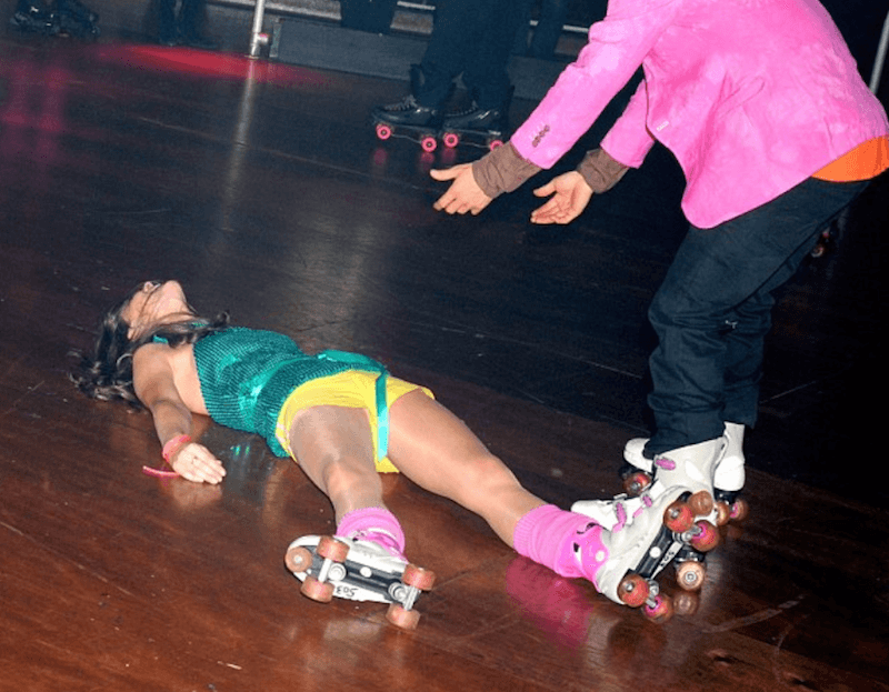 kate middleton on the floor of the roller rink