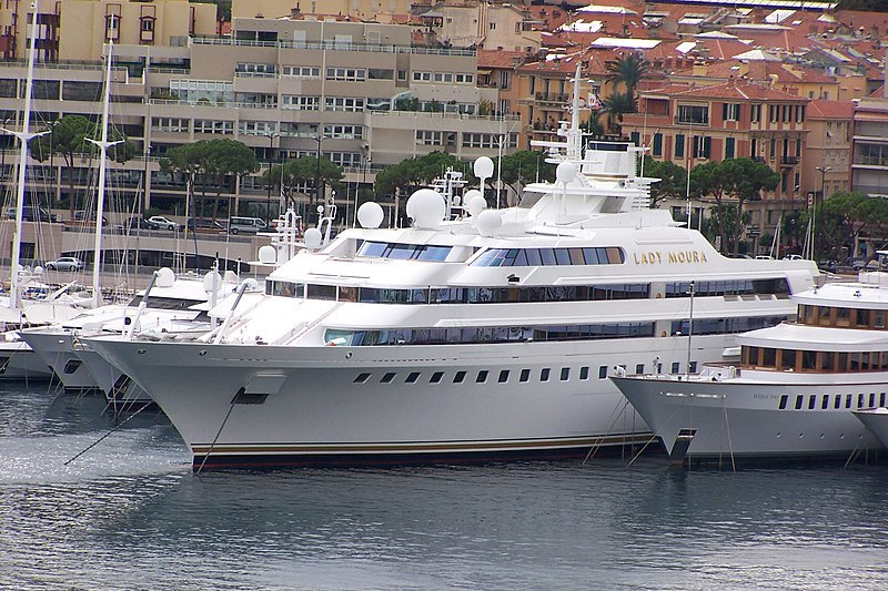 Lady-Moura Luxury Yacht