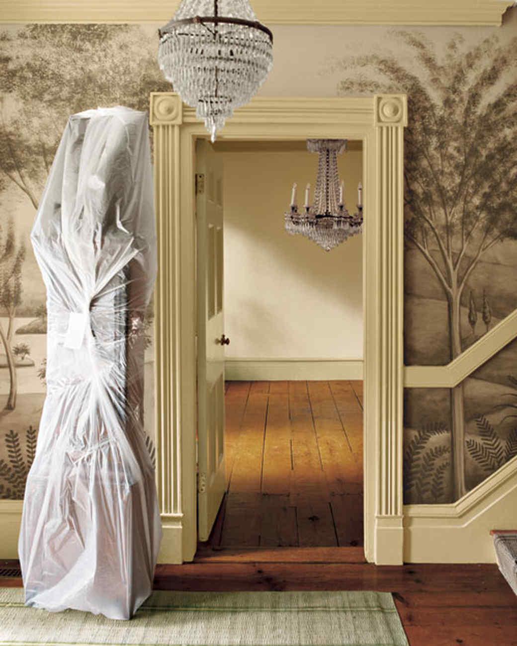 Martha Stewart Turkey Hill home featuring wall paper