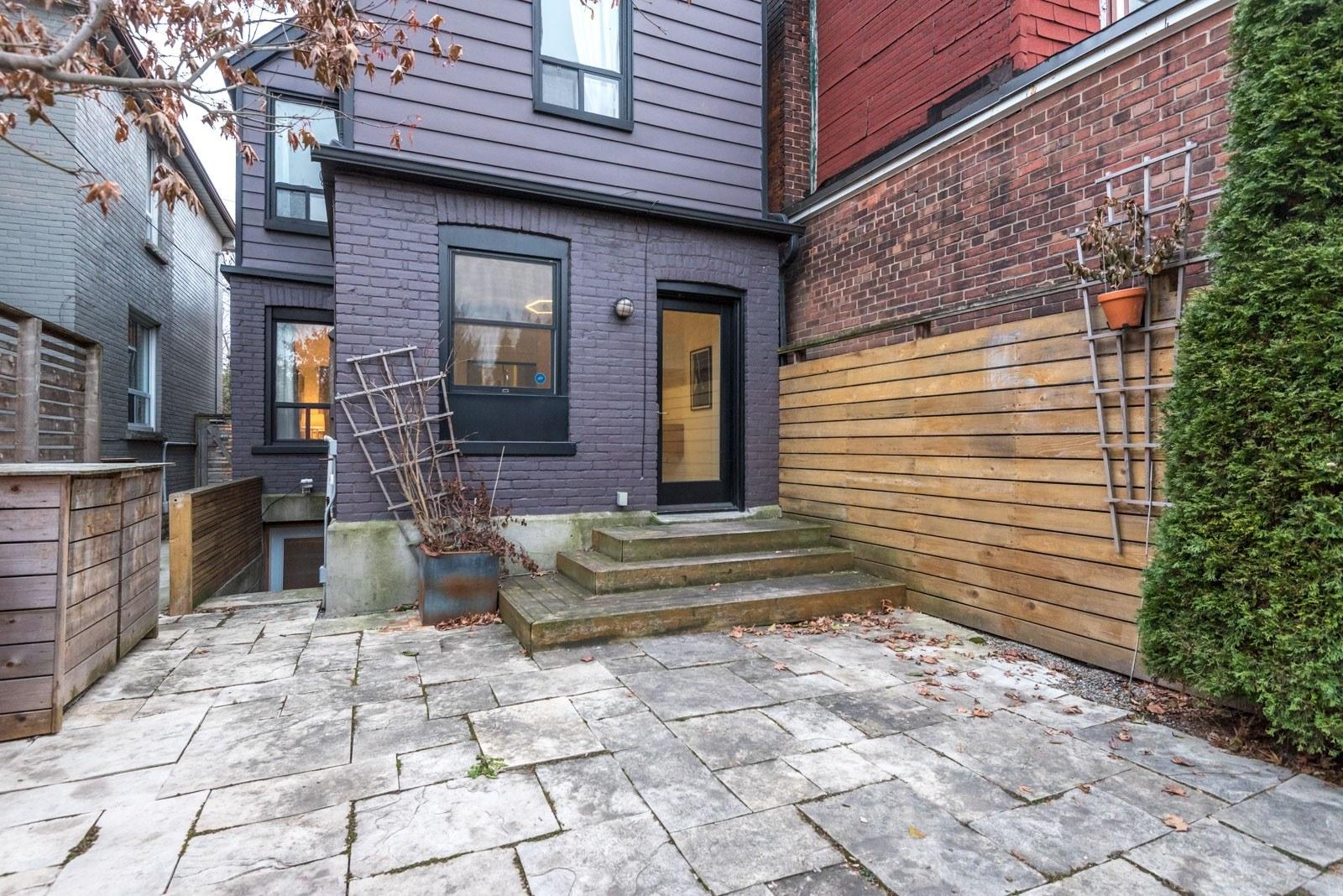 Meghan Markle House Toronto patio