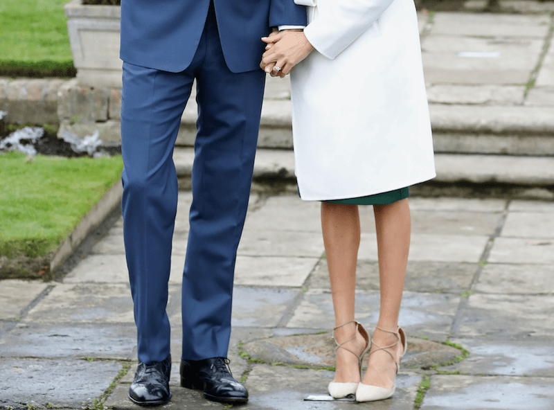 Meghan Markle without pantyhose