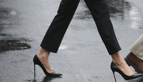 Melania Trumps black shoes.
