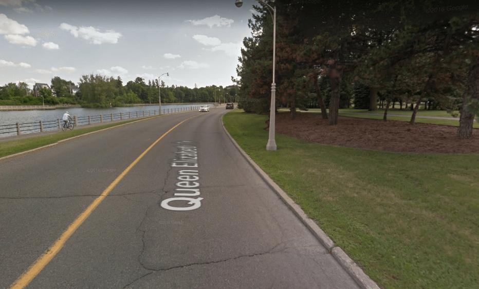 Queen Elizabeth-Driveway