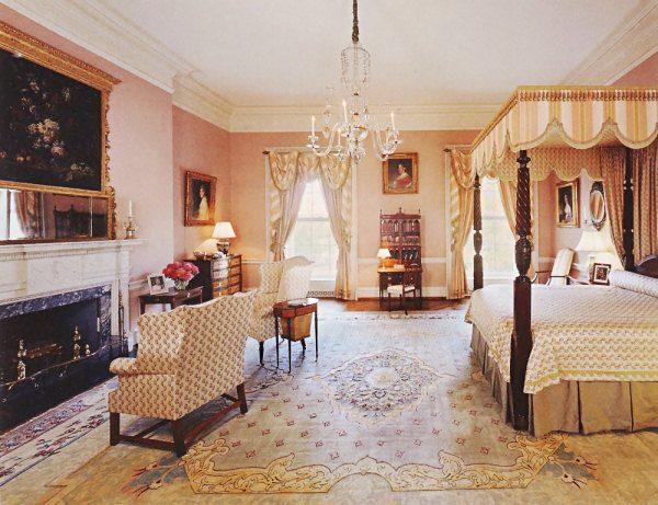 Queen's Bedroom White-House