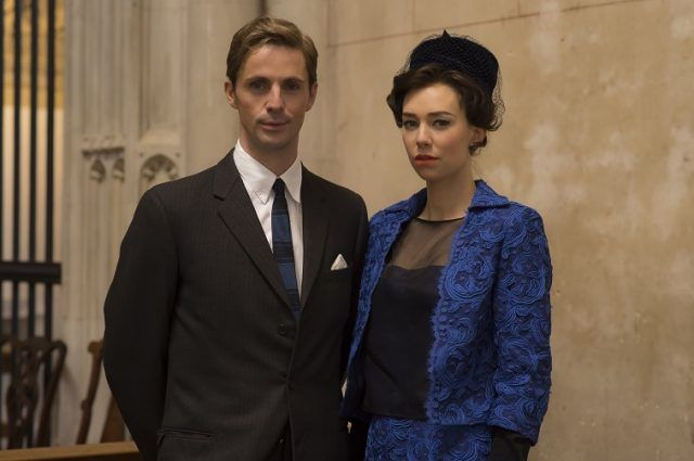 Vanessa Kirby as Princess Margaret and Matthew Goode as Tony Armstrong-Jones in The Crown