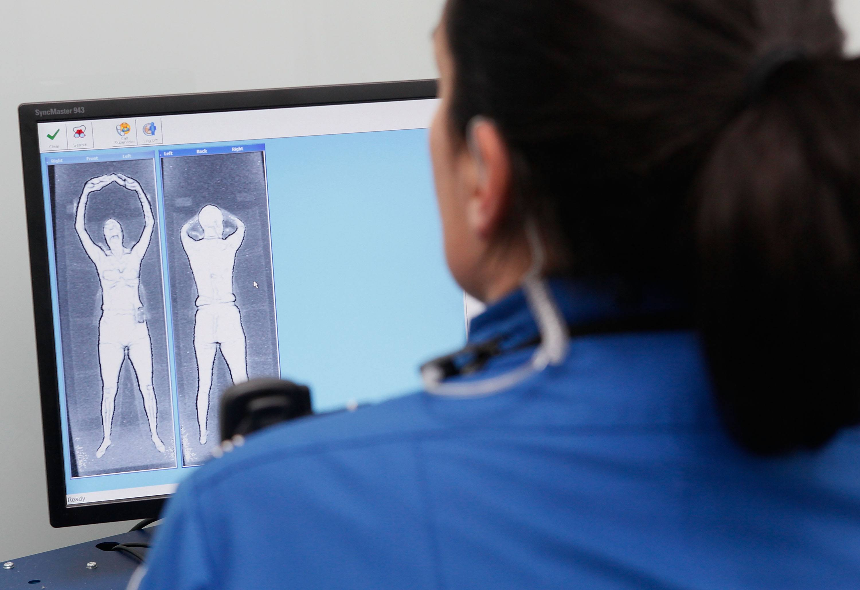 Airport body scan pictures images Baywatch's Donna D'Errico picked for 'nude' TSA body scan