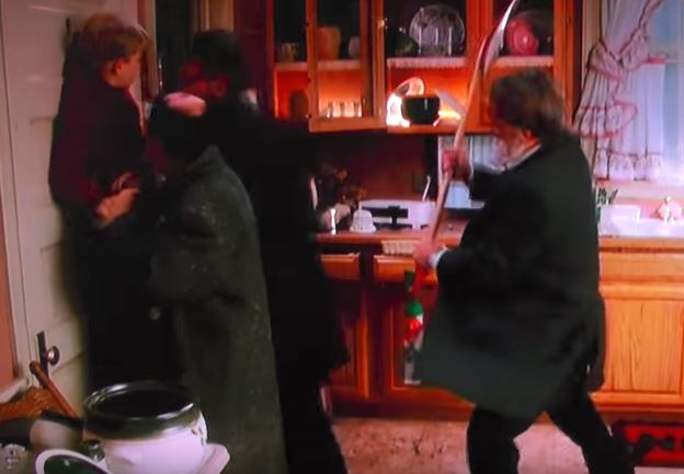 harry and marv get hit by a shovel in home alone
