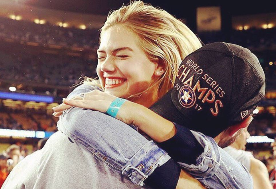 Kate Upton hugs Justin Verlander after Astros World Series win