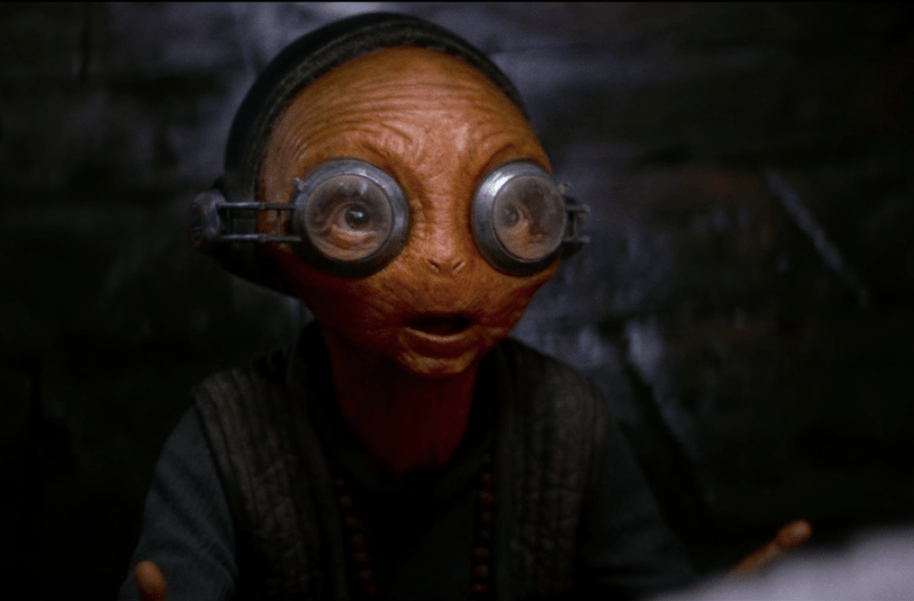 Maz tells Rey the lightsaber calls to her in Star Wars: The Last Jedi