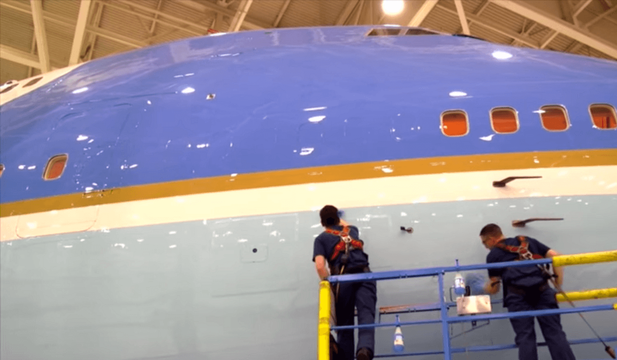 Airforce One maintenance