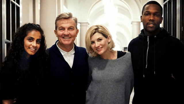 The cast of Doctor Who posing together.