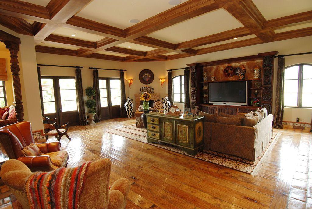 Bachelor Bachelorette House family room