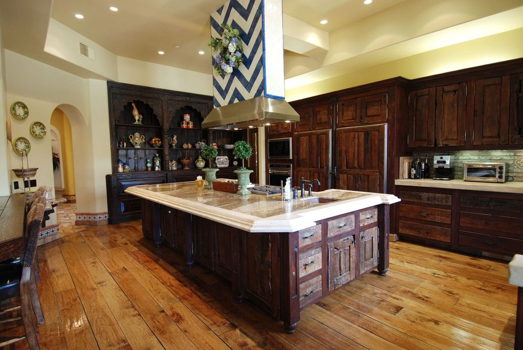 Bachelor Bachelorette House kitchen