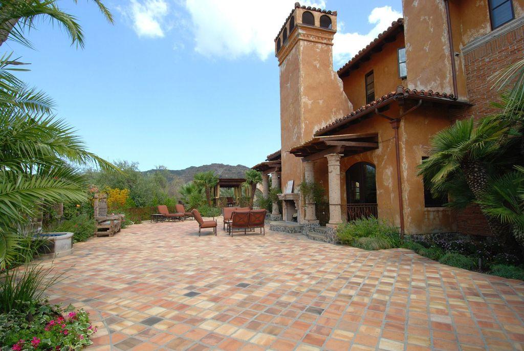 Bachelor Bachelorette House patio