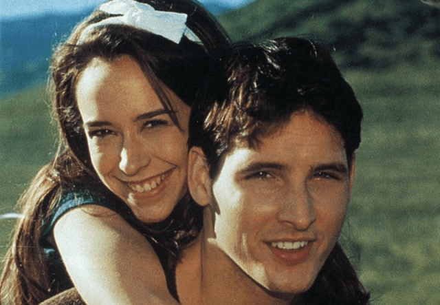 Jennifer Love Hewitt and Peter Facinelli in 'Can't Hardly Wait'.