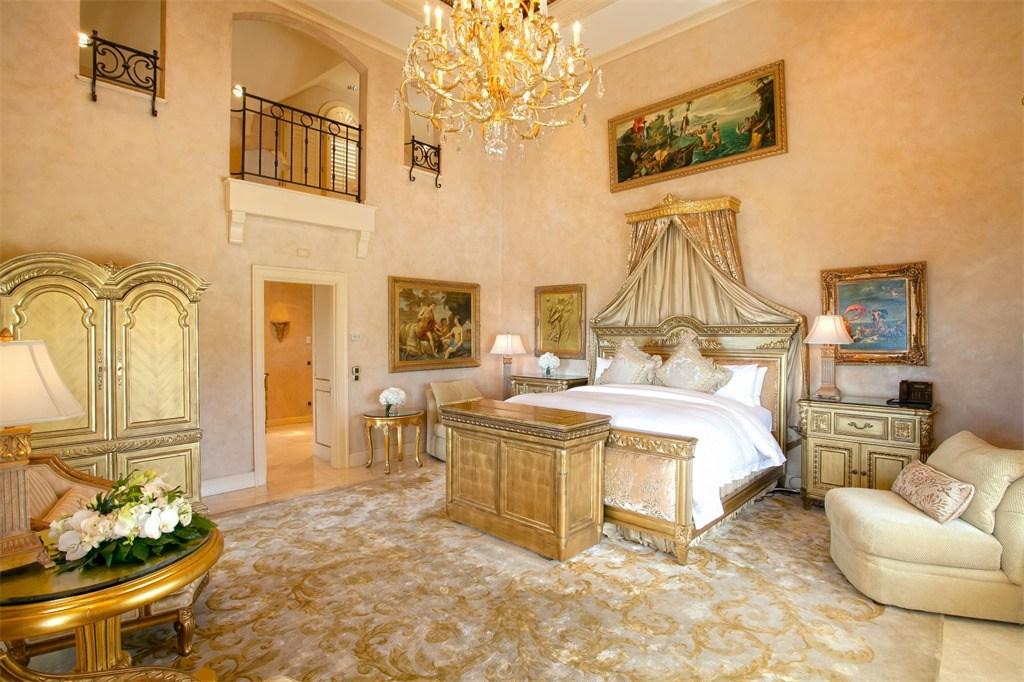 Donald Chateau des Palmiers Home Master Bedroom