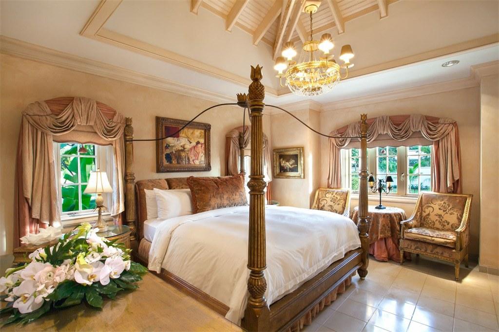 Donald Trump Chateau des Palmiers villa