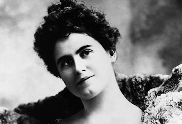 Edith Wilson in a black and white portrait.
