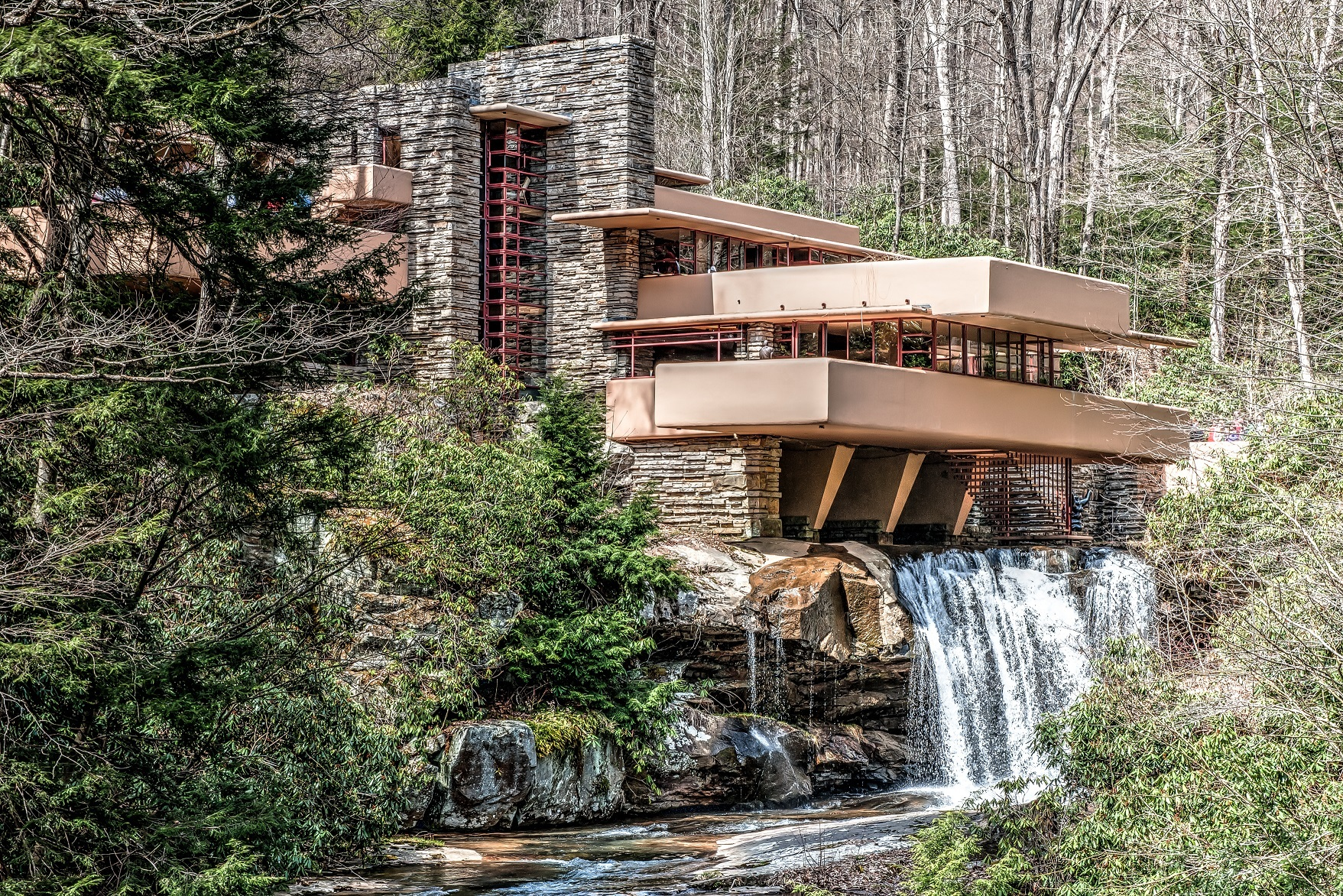 Frank Lloyd Wright's Fallingwater house HDR