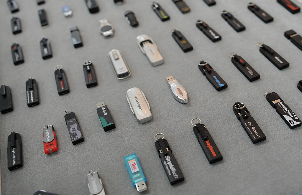 rows of USB flash drives