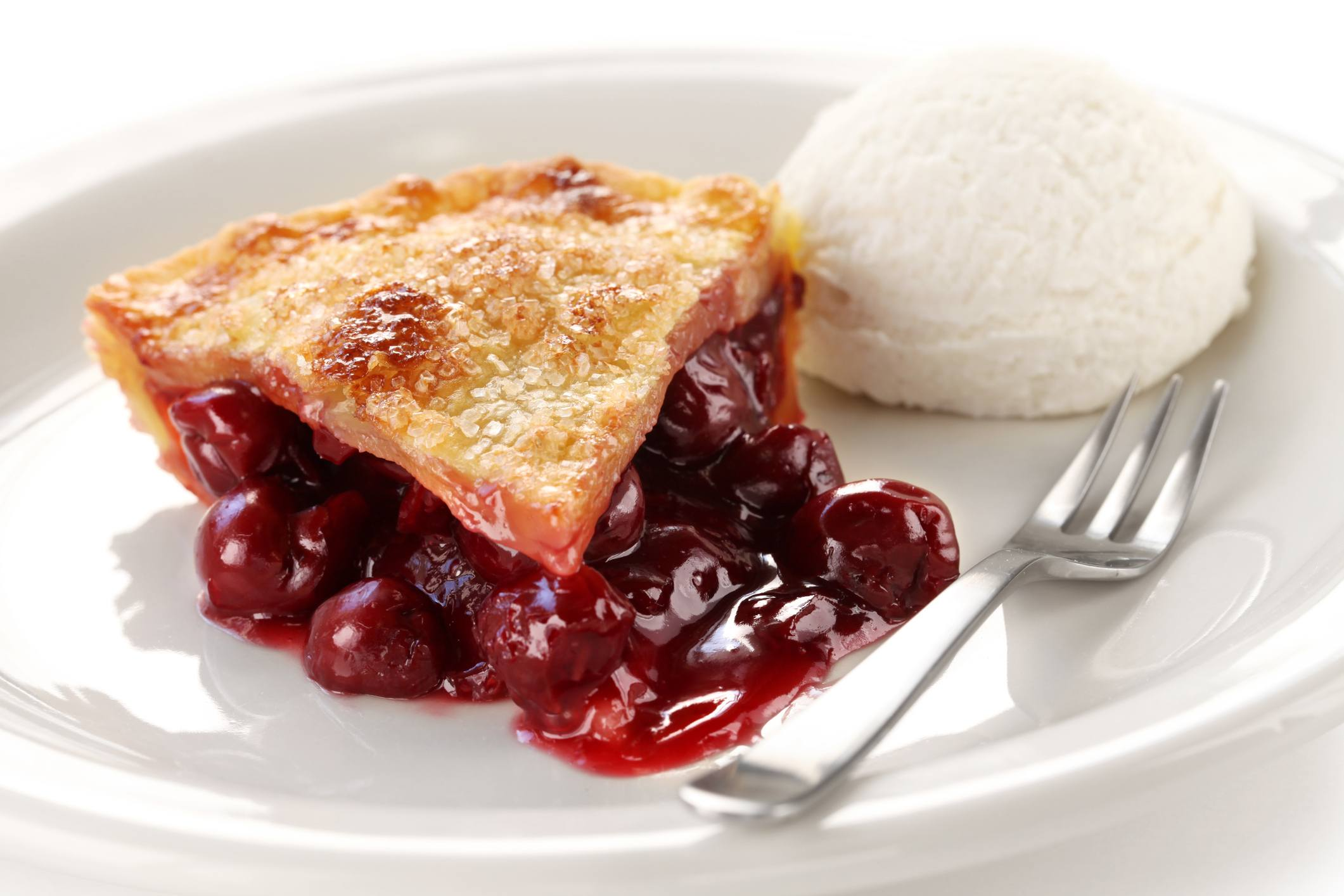 cherry pie slice with ice cream