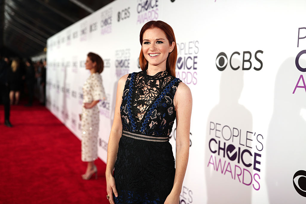 Actress Sarah Drew attends the People's Choice Awards 2017 at Microsoft Theater on January 18, 2017 in Los Angeles, California.