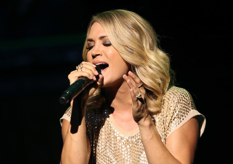 Carrie Underwood performs
