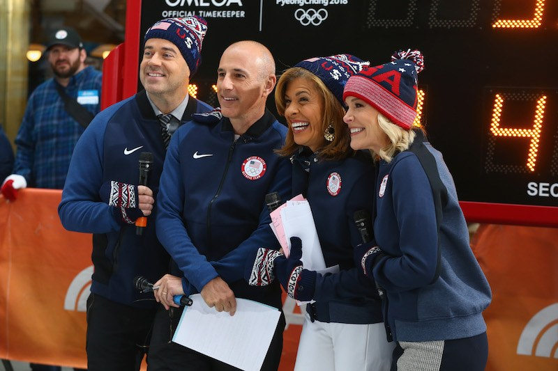 NEW YORK, NY - NOVEMBER 01: (L-R) Carson Daly, Matt Lauer, Hoda Kotb and Megyn Kelly of NBC's Today Show pose for a photo during the 100 Days Out 2018 PyeongChang Winter Olympics Celebration - Team USA in Times Square on November 1, 2017 in New York City. (Photo by Mike Stobe/Getty Images for USOC)