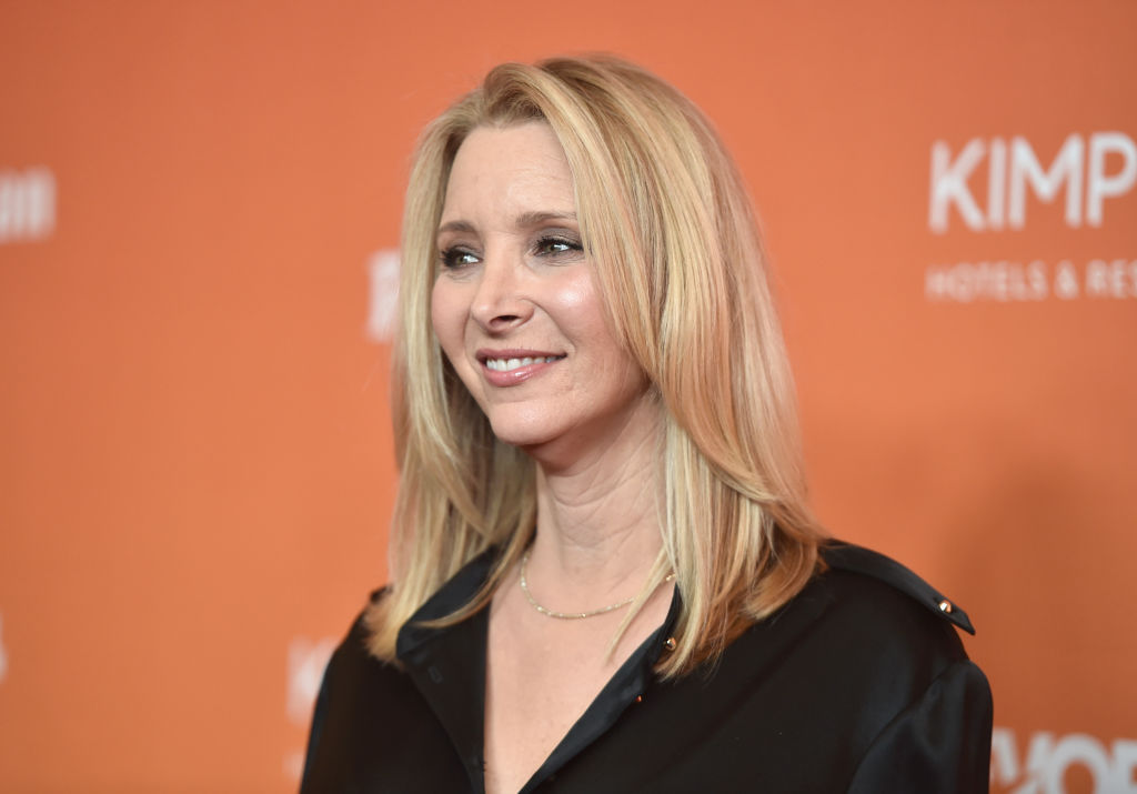 Lisa Kudrow attends The Trevor Project's 2017 TrevorLIVE LA on December 3, 2017 in Beverly Hills, California.