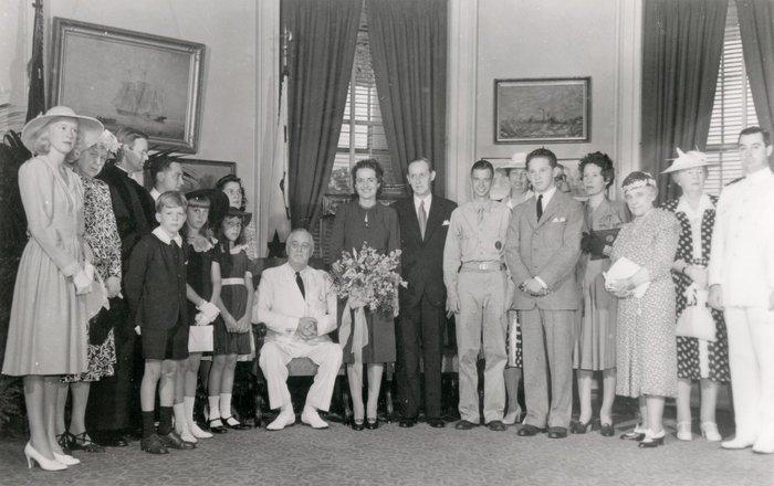 Harry Hopkins andLouise Gill Macy wedding